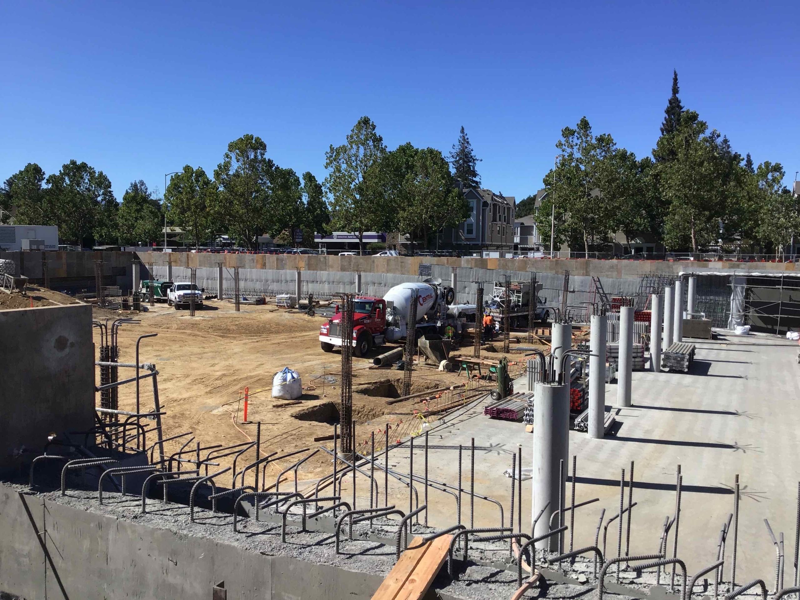 Garage Grading, Concrete Slab and Columns Pours at South Slab on Grade near Partridge Ave - August 2020